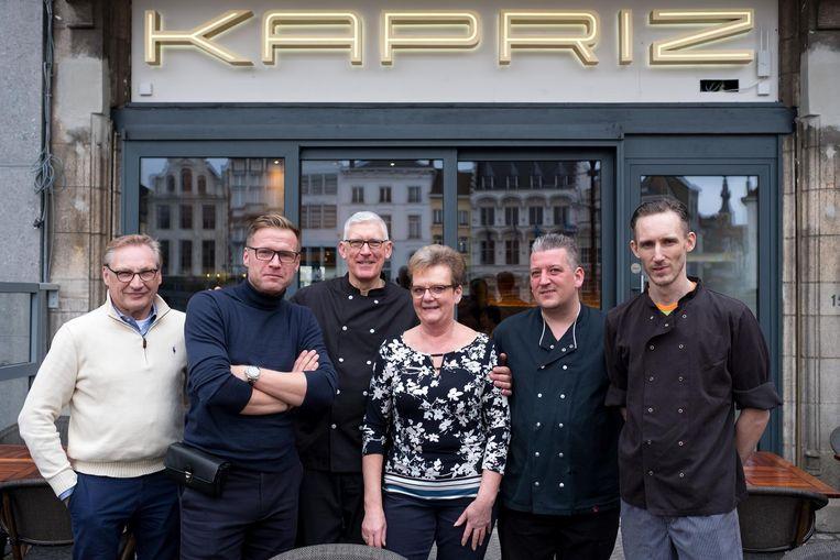 De ploeg van restaurant Kapriz.