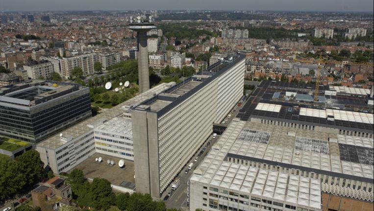 """Het 'oude' VRT-mastodont aan de Reyerslaan maakt plaats voor een een gebouw dat, vooral op het gelijkvloers, poreus en """"doorwaadbaar"""" is."""