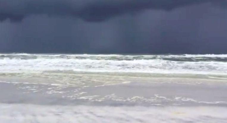 Donkere wolken in Florida, de voorbode van tropische storm Barry.
