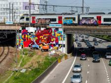 Nieuwe graffiti van Matthias Schoenaerts en co geeft kleur aan viaduct Berchem Station