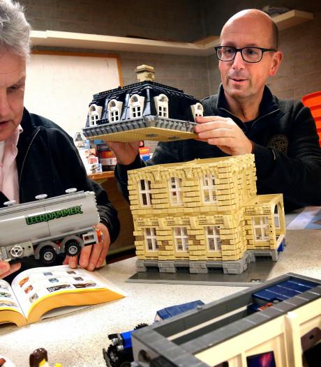 Jacques (52) en Richard (56) kunnen weken tobben op het perfecte Lego-huis