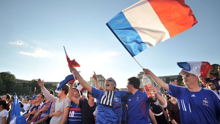 Franse voetbalfans in Parijs tijdens het WK van 2010. Beeld afp