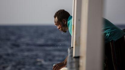 Migranten mogen ondanks havenverbod toch ontschepen op Sicilië
