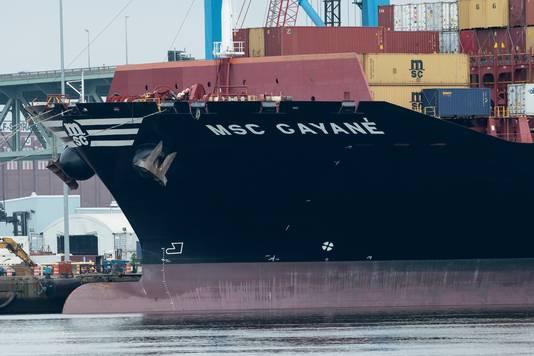 De MSC Gayana in de haven van Philadelphia.