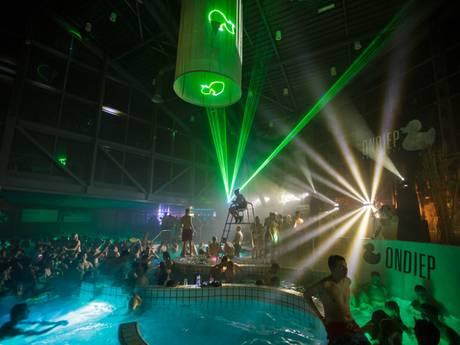 Weekendtips: Zwemmen met een drankje en de intocht van Sinterklaas