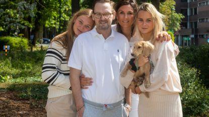 """""""Papa heeft voor ons gevochten als een leeuw"""": na 11 weken coma is Christophe eindelijk weer herenigd met zijn dochters"""