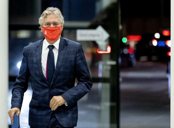 Burgemeester John Jorritsma van Eindhoven arriveert voor het Veiligheidsberaad.