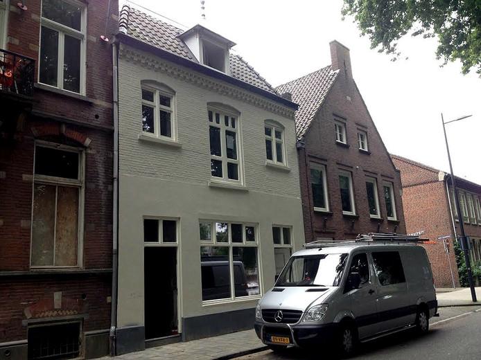 Café de Boortoren, nu als twee appartementen