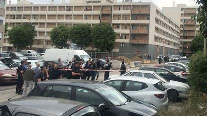 Gemaskerde mannen schieten met kalasjnikovs in Marseille: één gewonde