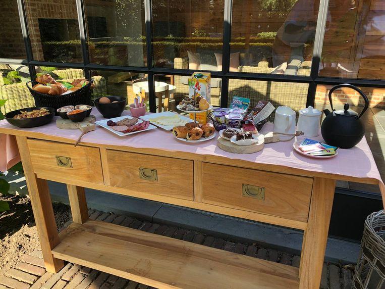 De werknemers kregen allemaal een ontbijtbox aan huis geleverd.