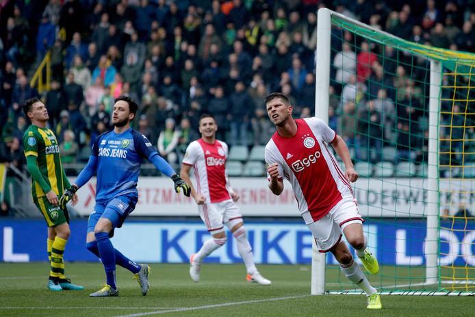 Huntelaar viert de 0-1.