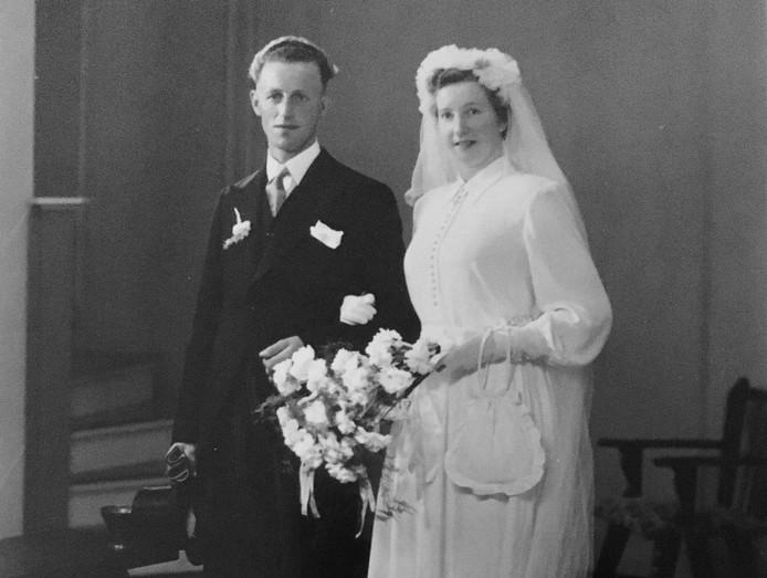Frans Terwisscha van Scheltinga en Fokje Hoekstra mochten pas na twee jaar getrouwd te zijn geweest samenwonen
