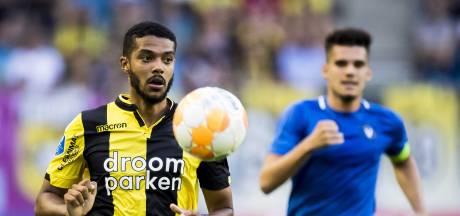Clarke-Salter slot op de deur bij Vitesse