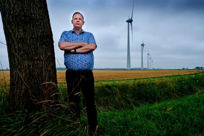 """Mark Speldenbrink uit Nieuw-Beijerland: ,,Ik ken mensen die hun huis een paar uur moeten ontvluchten vanwege de drukgolven, die geven een heel onprettig gevoel. Dat is toch niet normaal? Waar zijn we mee bezig?"""""""