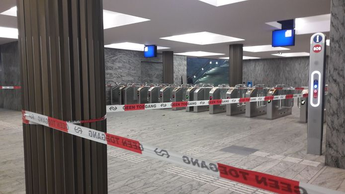 Station Breda afgesloten.