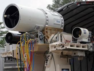 Amerikanen halen vliegtuigen neer met enorm laserkanon