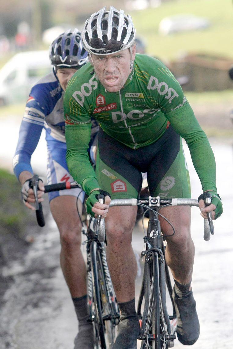 Nico Eeckhout en Kevin Van Impe (achteraan).