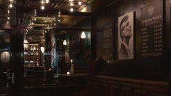 In deze bar waan je je Tommy Shelby uit 'Peaky Blinders'