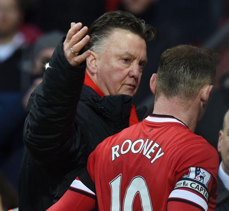 Louis van Gaal met Wayne Rooney.