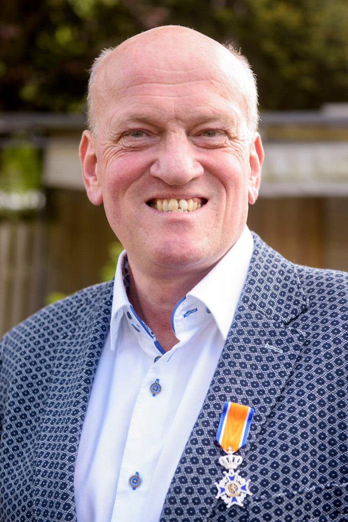 Vijf lintjes in Son en Breugel | Lintjes 2017 | ed.nl