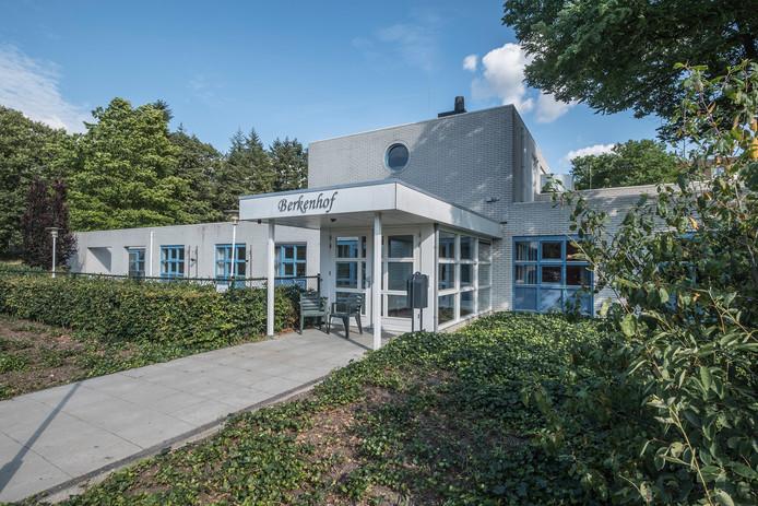Het gebouw De Berkenhof op het terrein van Dekkerswald.
