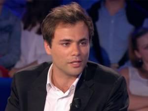 """Charles Consigny est """"l'un de ces con... de Parisiens qui se sont tirés en province"""" et il """"emm..."""" ceux à qui ça ne plaît pas"""