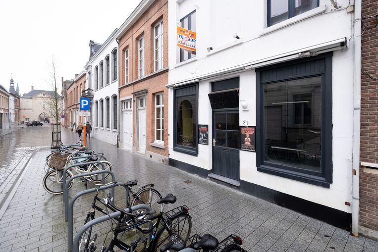 Café Begijnhof is verkocht.
