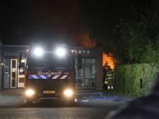 Brand in fietsenstalling en schuur bij huisartsenpraktijk in Boxtel