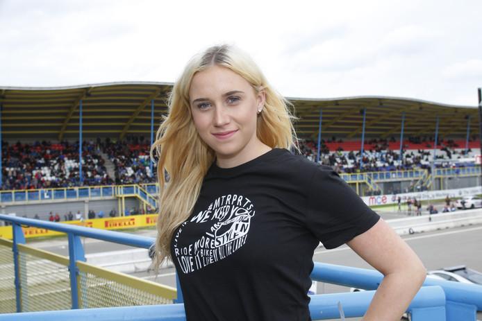 Bibi Damen (16) uit Waalwijk.