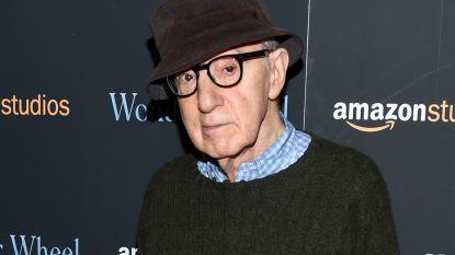 Medewerkers uitgeverij betogen tegen publicatie biografie Woody Allen