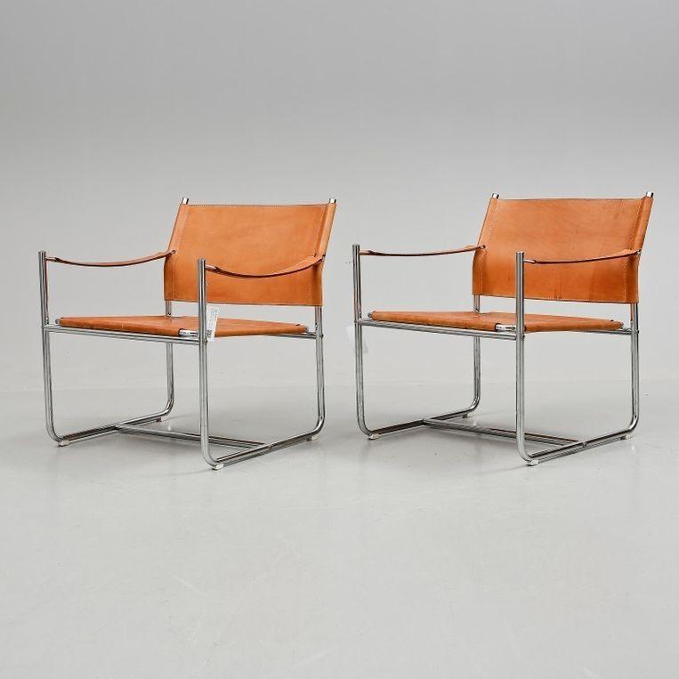 Deze 'Amiral'-stoelen werden geveild voor 1.700 euro.