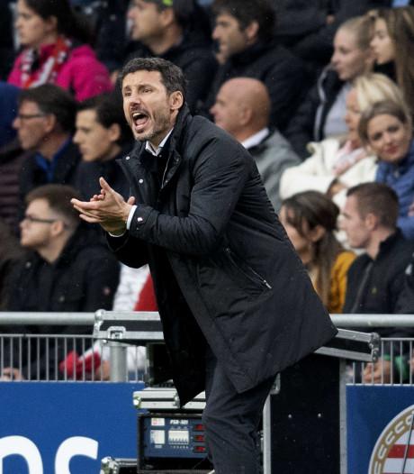 Van Bommel trots op spelers en PSV-publiek: 'We hebben onze wapens benut'
