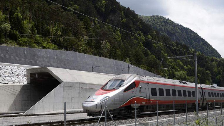 In Zwitserland opent vandaag de langste spoortunnel ter wereld. Beeld anp