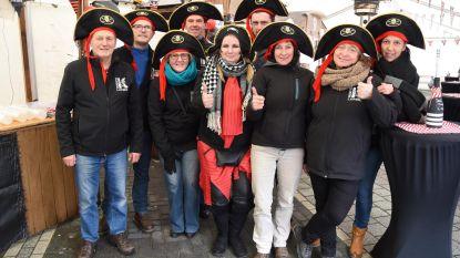 Piraten moedigen in pinksterweekend deelnemers Roparun aan