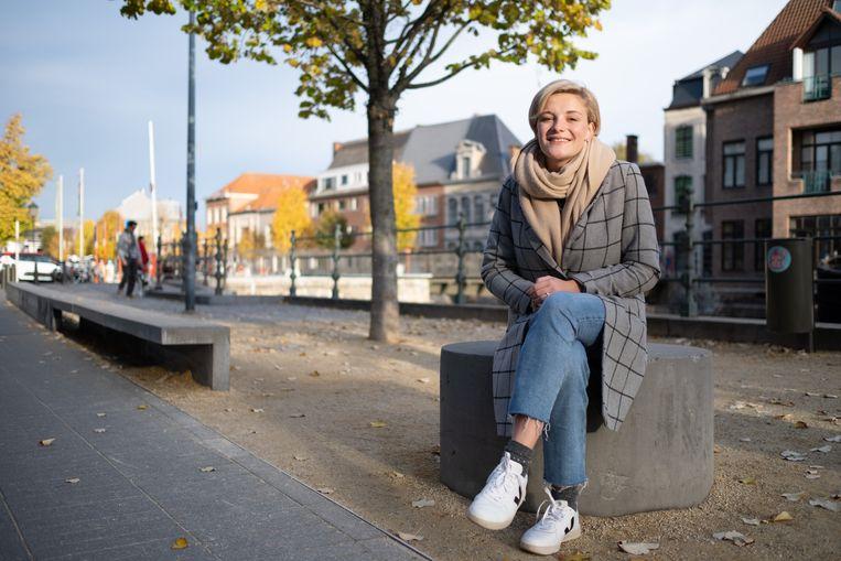 Maxine Willemsen (Groen) is het jongste gemeenteraadslid van Mechelen ooit. Zij wil een vuist maken tegen seksuele intimidatie.