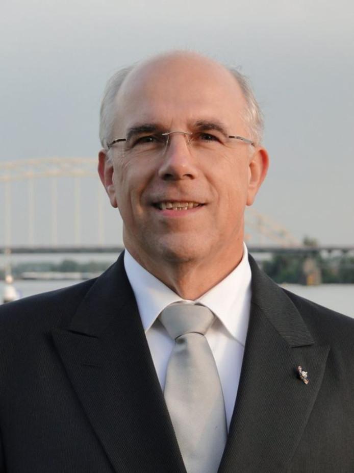 Peter Zevenbergen.