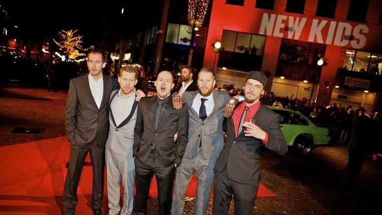 De cast van 'Gouden Film' New Kids Nitro. Een film wordt goud als er minstens 100.000 bezoekers op afkomen. Beeld anp