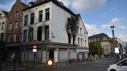 Uitslaande brand op Keizerslaan in Brussel