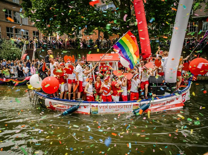 De Best Gaybours Boot in de Oudegracht.