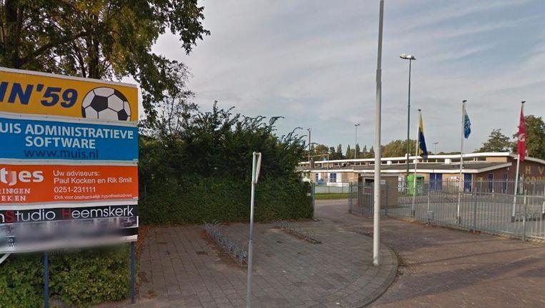 Het vermoede doelwit is trainer bij amateurvoetbalclub Odin '59 uit Heemskerk. Beeld Google Streetview