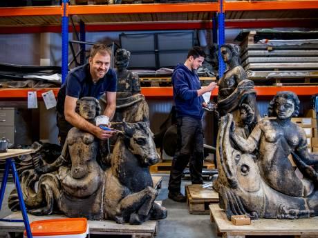 Deze Griekse godinnen kijken straks weer uit over station Gouda
