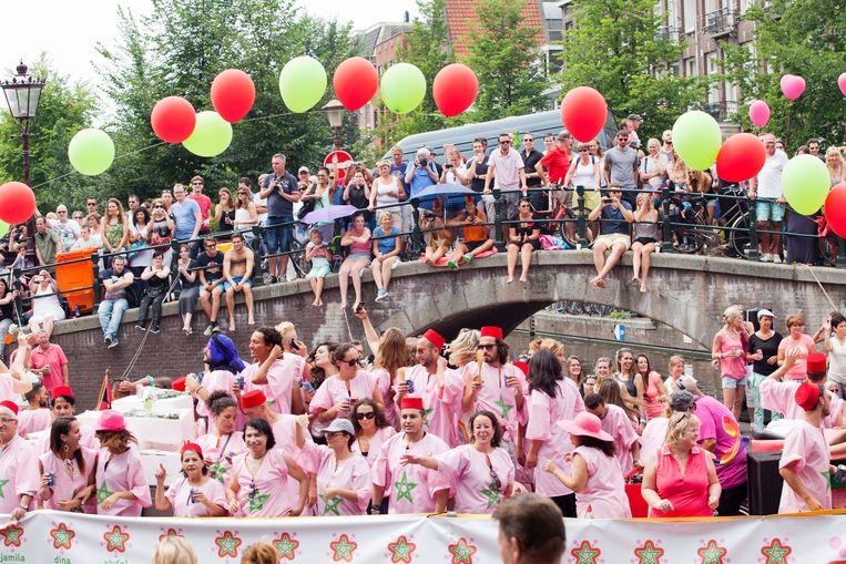 Marokkaanse themaboot  tijdens de Gay Pride 2014 Beeld Hollandse Hoogte / Bram Belloni