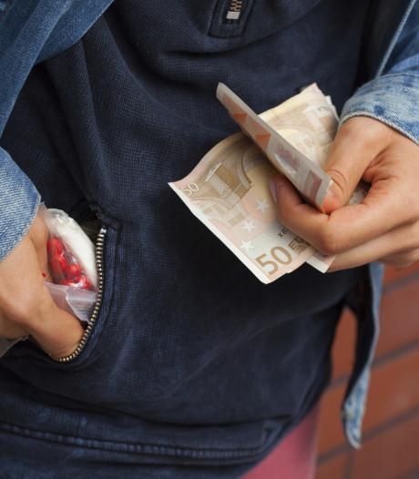 Vijf aanhoudingen na drugsdeal in Harderwijk