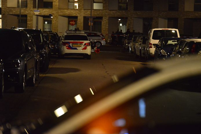 Woning in de Bruno Renardstraat beschoten in Breda.