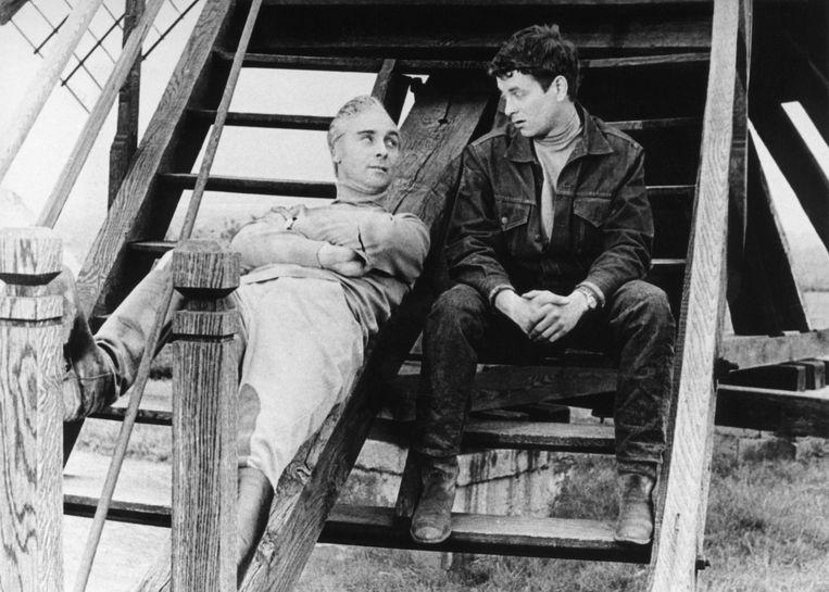 Links, acteur Senne Rouffaer vertolkte de rol van 'Kapitein Zeppos'. Rechts, acteur Raymond Bossaerts. Hij speelde 'Ben Kurrel'.