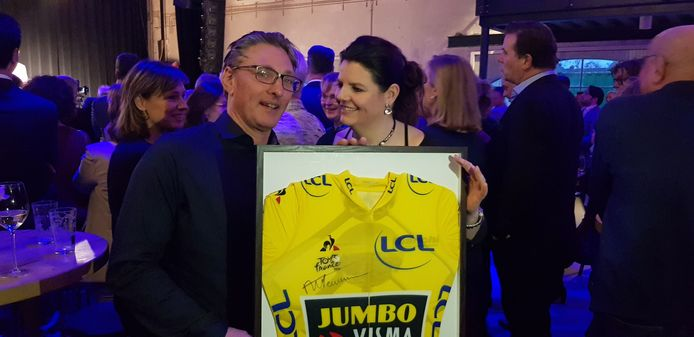 De originele gele trui van Mike Teunissen.