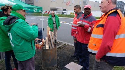 Actievoerders blokkeren postsorteercentrum Brussel X