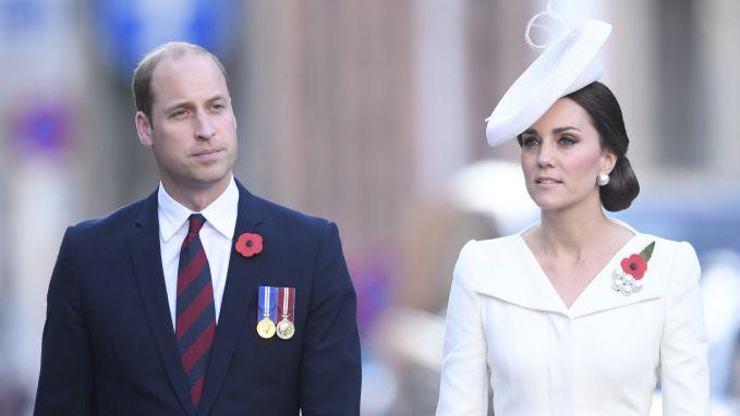William en Kate wonen indrukwekkende Last Post bij