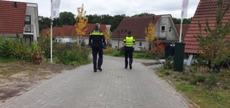 Dode man gevonden op bungalowpark in Delden: twee aanhoudingen