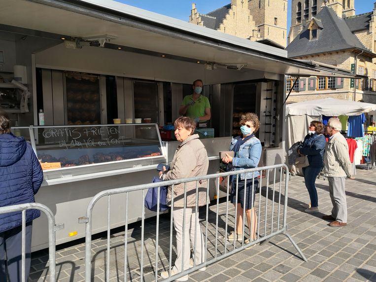 Net zoals in Diksmuide (foto) kijken ook Koksijde en later Oostduinkerke uit naar hun wekelijkse marktdag.